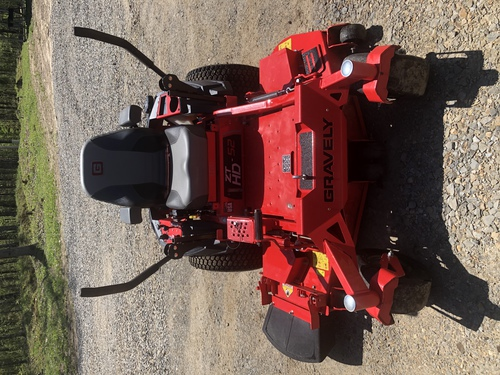FOR SALE:  2019 GRAVELY ZTHD52